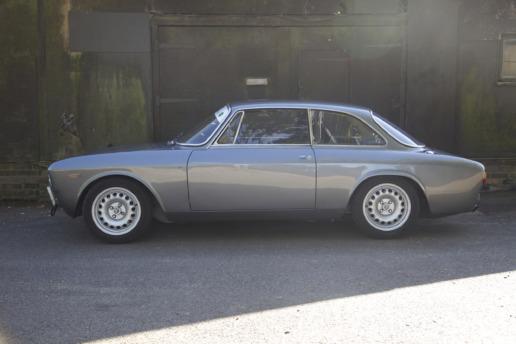 Ian Ellis Alfa Romeo 105 Specialist